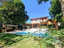 Título do anúncio: Casa linda com arquitetura rústica de excelente padrão em localização privilegiada na orla