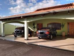 Título do anúncio: Casa à venda com 5 dormitórios em Cidade jardim, Uberlandia cod:V9786