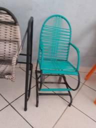 Título do anúncio: 2 cadeira uma de balanço no precinho