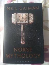 Norse Mythology - Neil Gaiman - Inglês