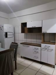 Armário de cozinha 600 reais sendo 4 peças