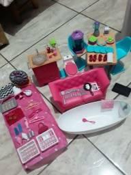 Moveis e acessórios da casa da Barbie drean house