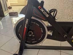 Bicicleta Ergométrica Spinning Kikos F5I