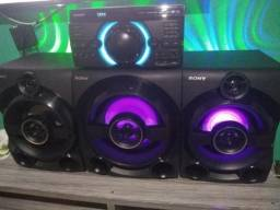 Mini System Sony MHC-M80D 2150W RMS Bluetooth DVD Subwoofer HDMI