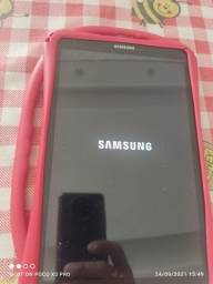 Título do anúncio: Tablet tab E Samsung