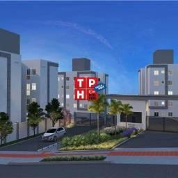 Apartamento 2 quartos com Área Privativa em Santa Luzia