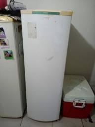 Vendo essas 2 geladeira