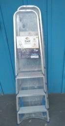Escada Alumínio 4 Degraus em até 10 vezes