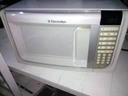 Título do anúncio: Microondas Eletrolux 31L
