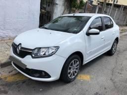 Renault Logan 1.0 completo
