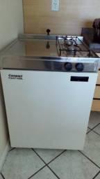 Mini Cozinha Compact 2X1 Fogão 2 Bocas e Refrigerador Frigobar