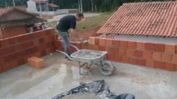 Construtor civil Beto Whats é 47) 997908149