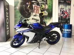 Yamaha Yzf R3 2017 AZUL / Semi nova com apenas 3.900km! consulte 5196877898 whatssApp - 2017