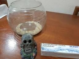 Aquario para peixe beta + caveira + aque
