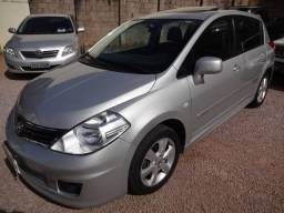 Tiida Hatch SL 1.8 Manual 2013 (c/ Teto Solar) - 2013