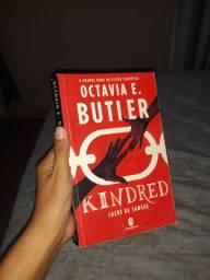 livro Kindred sci-fi