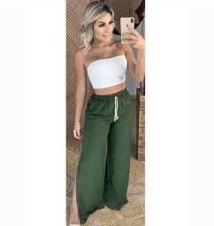 Calça pantalona de tecido forrada verde militar
