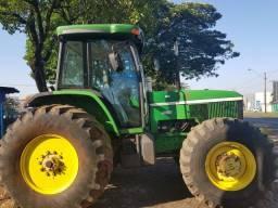 Trator John Deere 7500