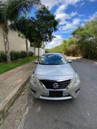 Nissan versa 1.6 unique automatico