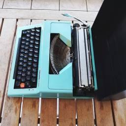 Ano 1978 revisada e testada Maquina de datilografia antiga - antiguidade