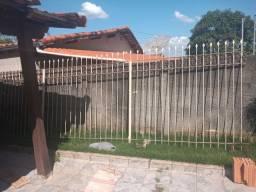 Vendo grade 5 metros e portão de correr 4 metros R$1.100
