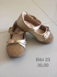 Sapato infantil tamanho 23