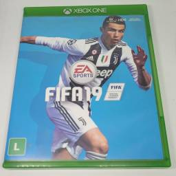 Título do anúncio: Jogo xbox one Fifa 19
