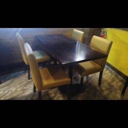 Título do anúncio: Mesas e Cadeiras em Madeira Especial, estilo Outback, Cadeiras em Espuma Confortável