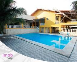 Título do anúncio: Linda casa em via pública com piscina e 3 suites