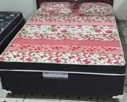 Cama box semi nova