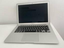 MacBook Air  128 GB 1,4 GHz Intel core i5 Dual core Memória 4 GB