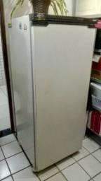 Título do anúncio: Freezer vertical em ótimo estado de conservação. *