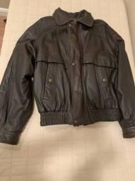 Jaqueta masculina em couro legítimo