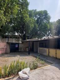 Título do anúncio: Casa para aluguel e venda tem 250 metros quadrados área construida, terreno 360m², com 2 q
