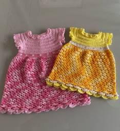 Vestido em crochê para bebê