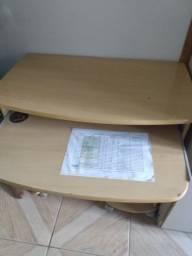 Vendo escrivaninha e estante
