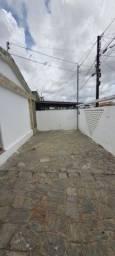 COD C-67 Casa no Bairro do Mangabeira com 4 quartos bem localizada