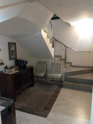 Título do anúncio: Casa à venda, 5 quartos, 2 suítes, 7 vagas, Santa Lúcia - Belo Horizonte/MG