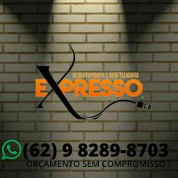 Desentupidora \ COM TÉCNICOS ESPECIALIZADOS \ 24 HORAS.