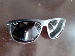 Lindo óculos Rayban seminovo
