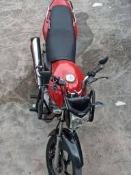 Título do anúncio: Vendo moto top só pagar é andar mix toda em dias dois documento só pra transferir