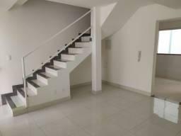 Título do anúncio: Casa Duplex no Bairro Candelária!!