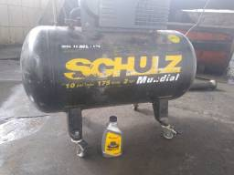 Compressor de ar Schulz mundial trifásico 2 hp 10 pés³ / minuto 175 litros 220 / 380 v