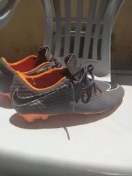 Chuteira Nike Hypervenom