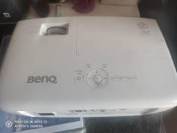 Título do anúncio: Projetor Benq Th683 1080p real 3200 lumens , 8.000hrs , seminovo