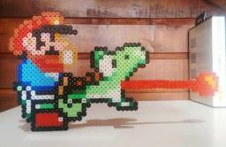 Mario e Yoshi com base Super Mario World Pixel Art Action Figure Perler Beads Hama