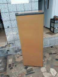 Freezer vertical 5 gavetas.