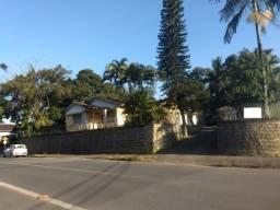 Terreno residencial ou comercial, de esquina no Saguaçu Joinville c/ 34 metros de frente