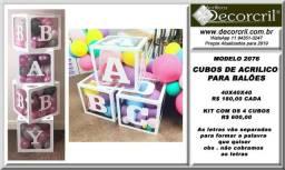 Cubos de acrilico para festas infantis com balões