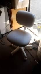 Vendo duas cadeiras de computador